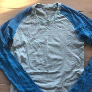 Worn twice lululemon long sleeve top